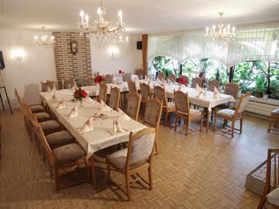Saal im Restaurant im Hotel Grüne Tanne